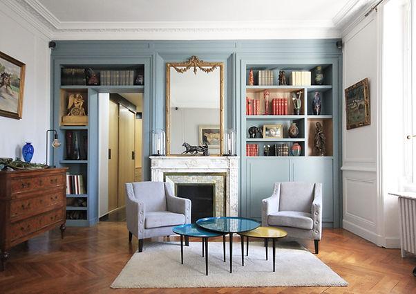 marion-galline-architecte-intérieur-décoratrice-travaux-scandinave-lumineux-haussmanien-amenagement-lyon-rénovation-meuble-sur-mesure-bibliothèque-dressing-farrow-and-ball-niche-bois-bleu-jaune-gris