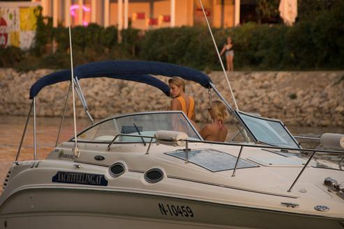 Yachtfeeling - Yachtcharter Donau-74.jpg