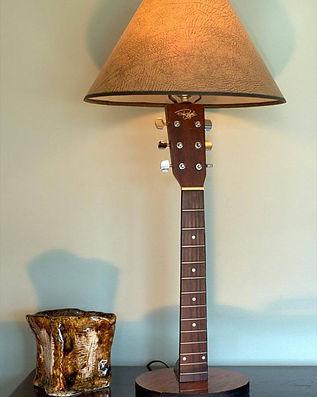 guitar lamp.jpg