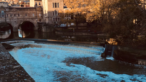 Pulteney Weir by Mark Blezard