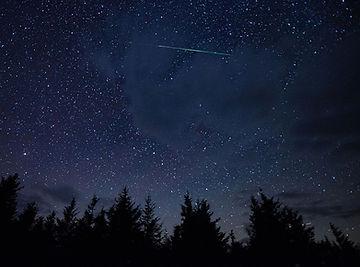 Perseid_Meteor_Shower wikicommons.jpg