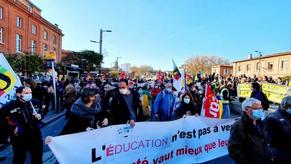 Le vote enseignant pour Macron, un problème d'offre politique