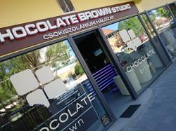 Chocolate Brown Studio, Békéscsaba