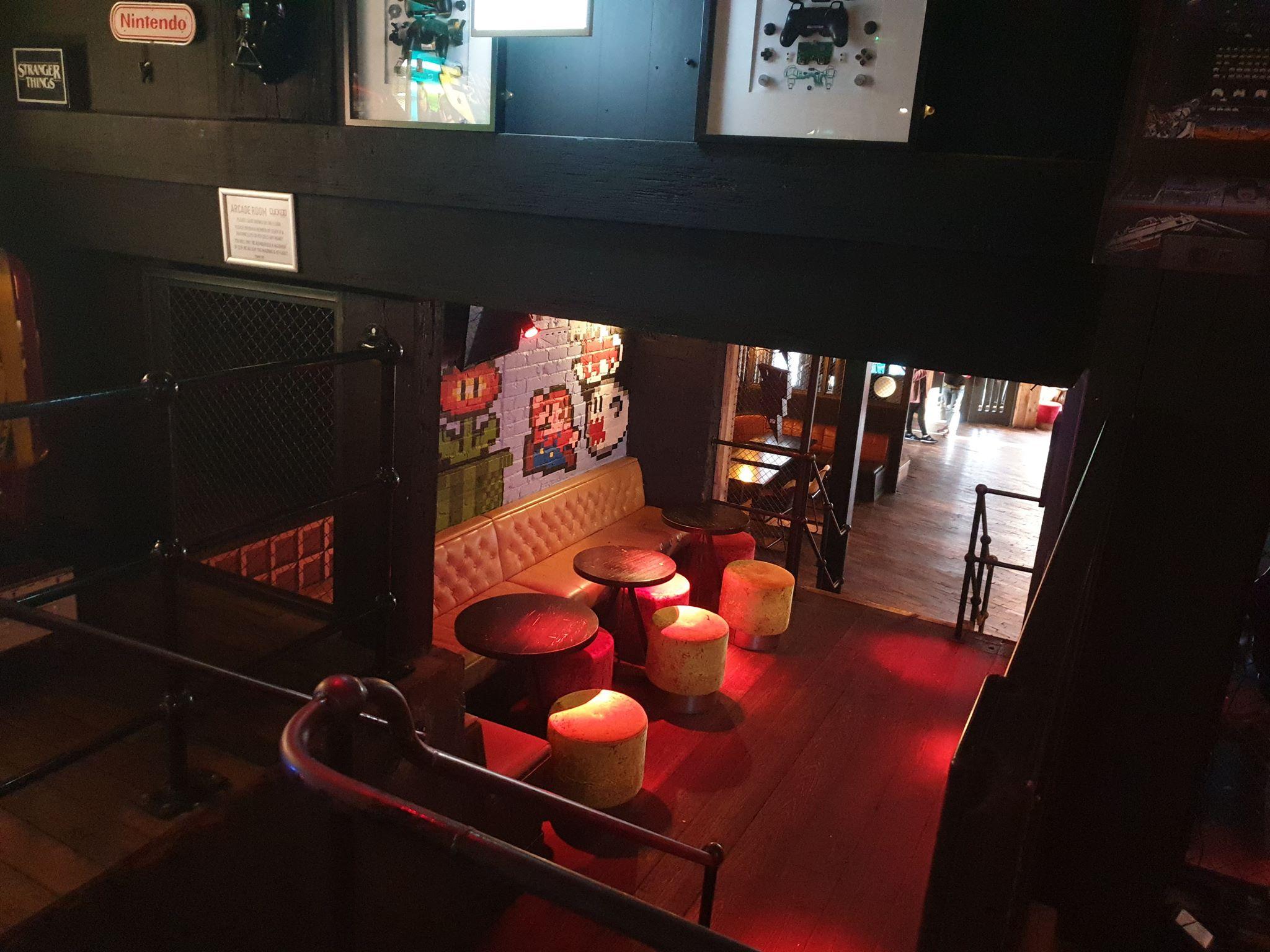 Arcade seating