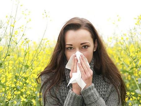 Como diferenciar uma alergia, gripe e constipação?