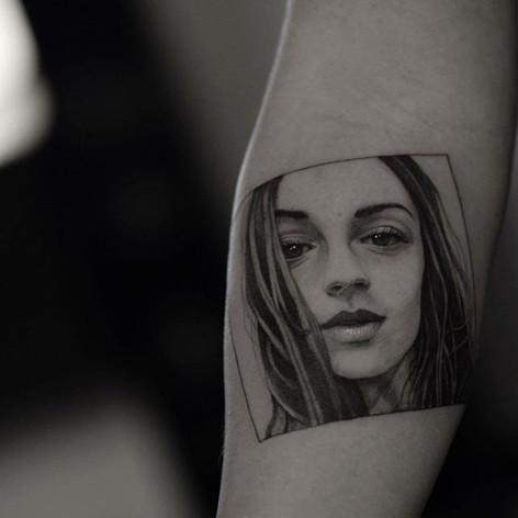 Chicago Tattoo Artist _Booking __◾️modestaskunce_gmail.jpg
