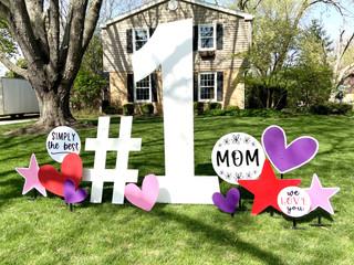 #1 Mom Sign Rental package