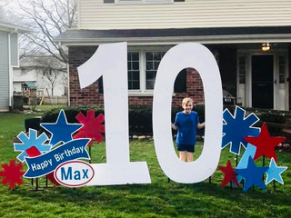 10 with red, blue, and light blue accents