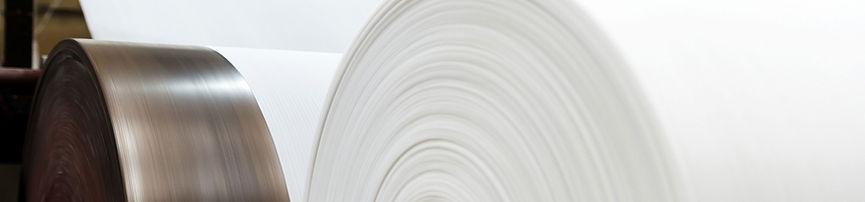Grandes rolos de papel