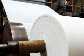 Große Papierrollen