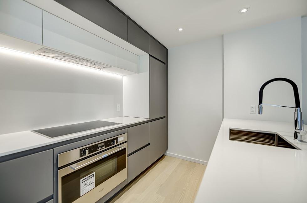 1616 Rue des Bassins, Montréal - App 404 (6).jpg