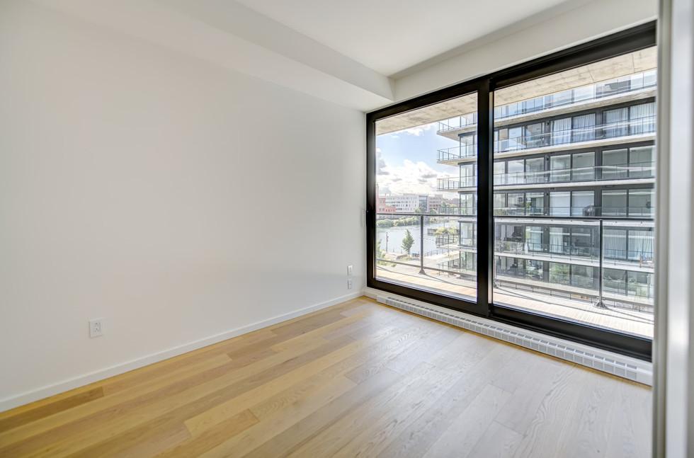 1616 Rue des Bassins, Montréal - App 404 (22).jpg