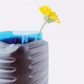 Concept Vase LITTERING 5 detail.JPG