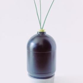 concept vase LITTERING 4.JPG