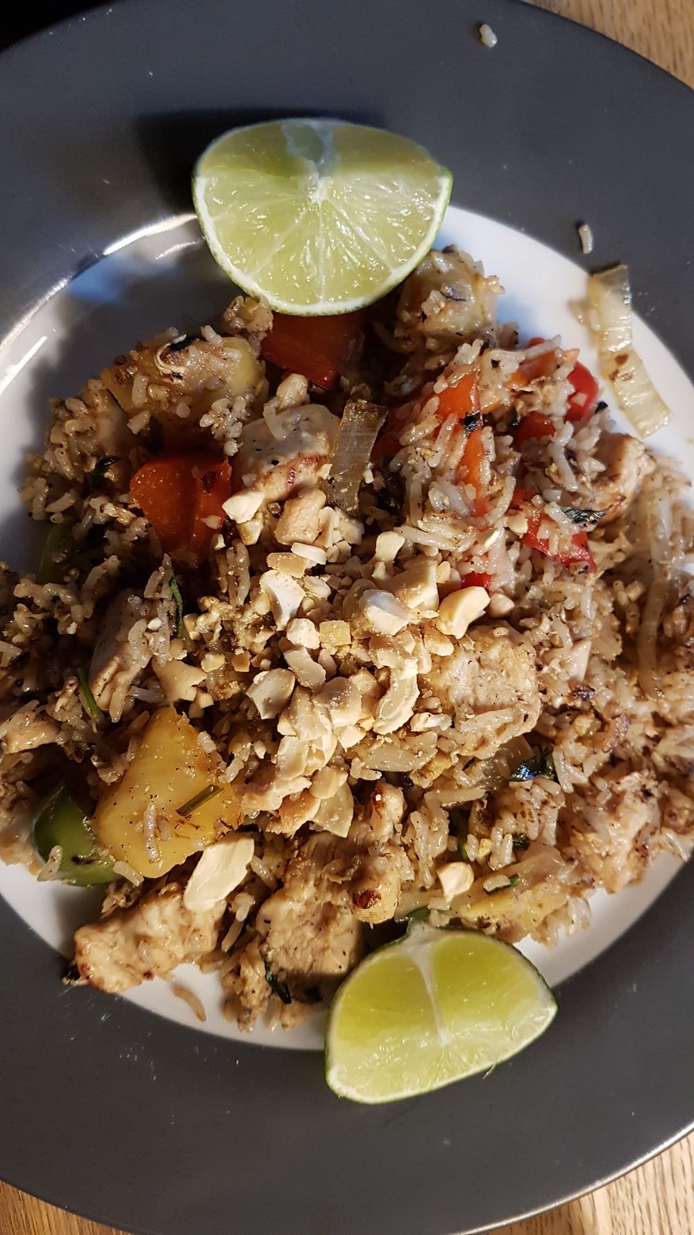 Khao Phad kaï (riz sauté au poulet thaï)