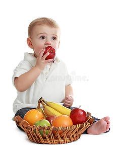 baby-boy-fruits-13334197.jpg