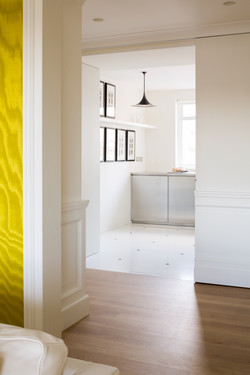 Contemporary Apartment, Knightsbridg