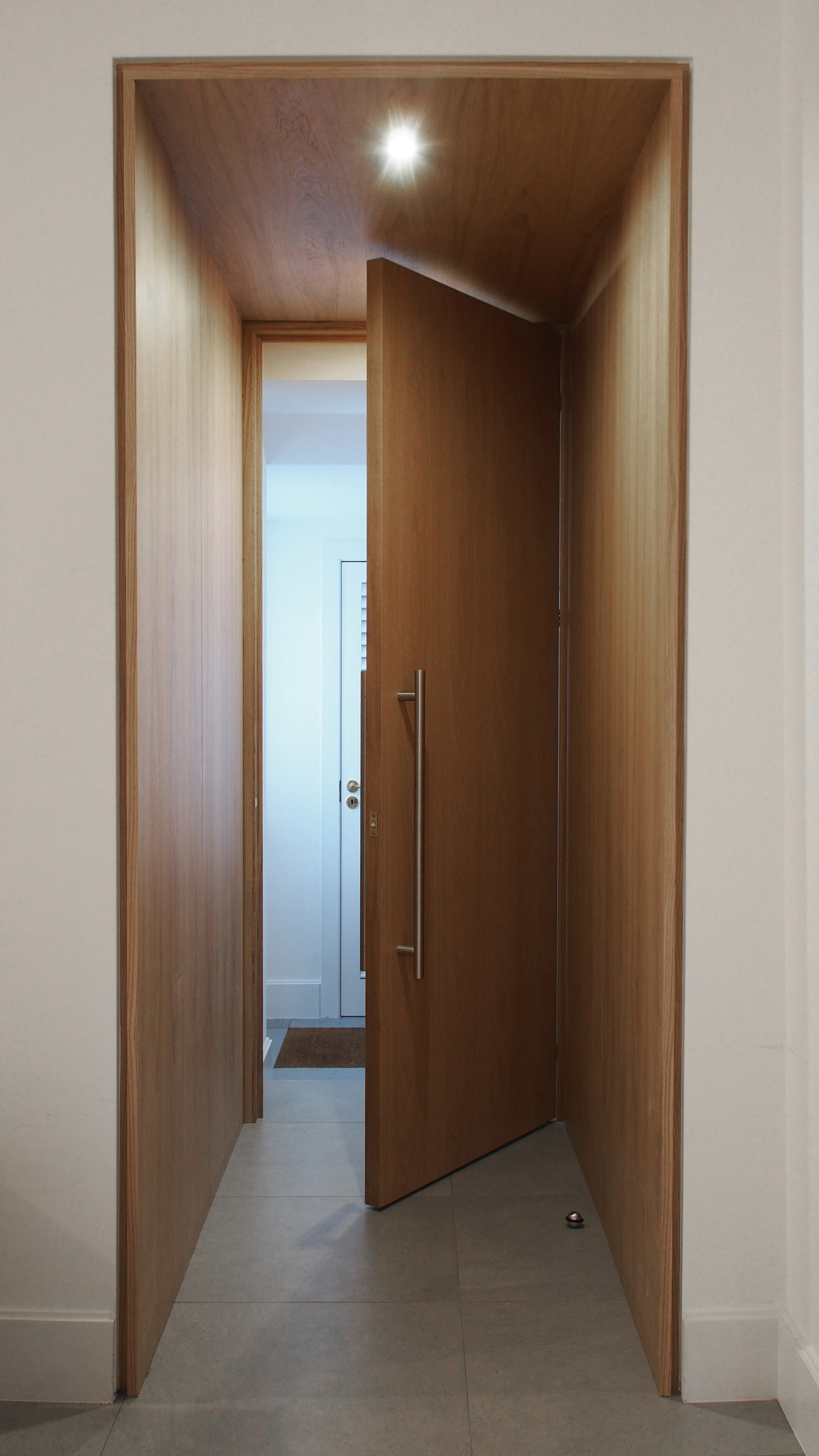 Hampstead bespoke entrance door