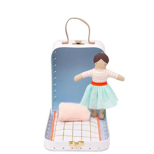 Meri Meri Puppe im Koffer