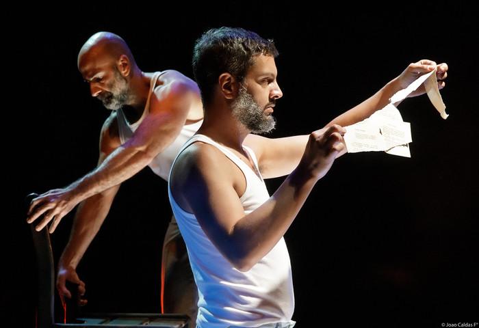 Nova produção da Cia Elevador de Teatro Panorâmico tem texto inédito de Marcelo Lazzaratto