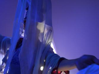 """Espetáculo """"Serafina"""", do Núcleo BPI, leva o público a uma jornada pelas águas grandes"""