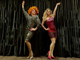 """Donas de Tudo! Alexia Twister e Thelores Drag comandam o """"Drag Nights"""""""