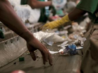 Documentário de Leonardo Brant mostra reutilização criativa do lixo