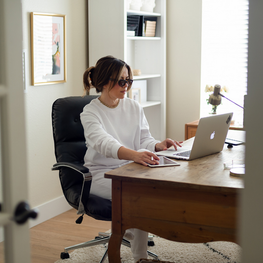 How to turn your side hustle into a full-time design biz