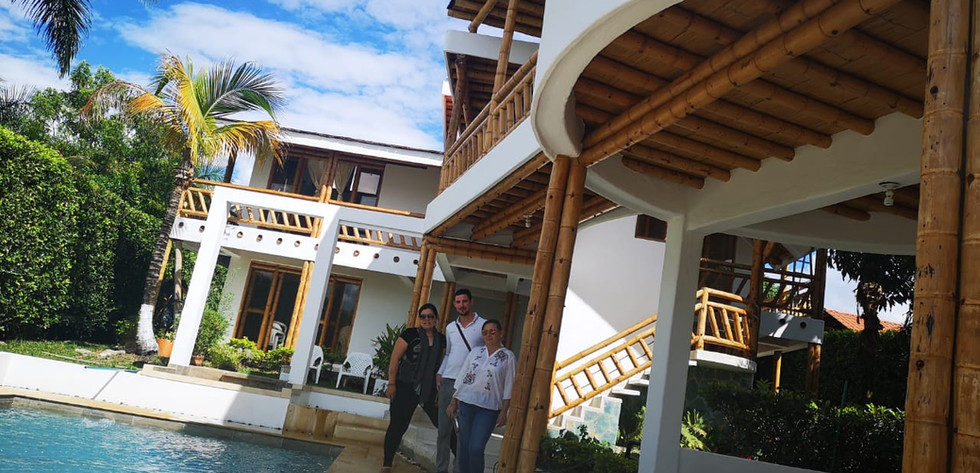 Vista casa chinauta piscina