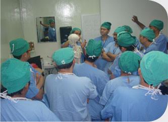 Live-Demonstration-Surgery-Day-1-3.jpg