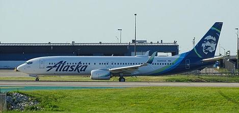 Alaska Airlines Boeing 737