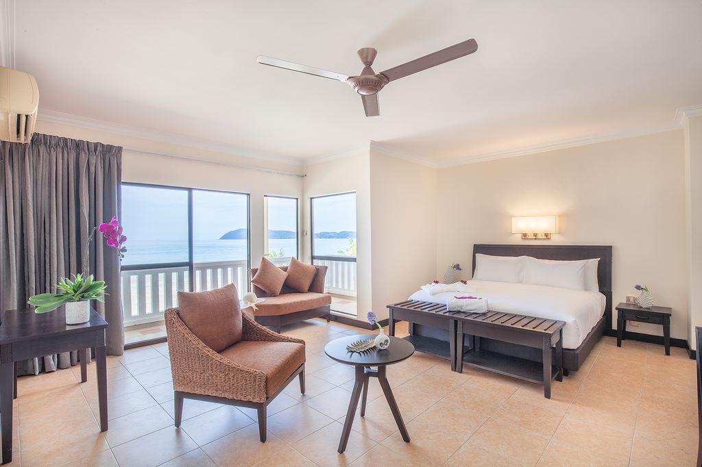 deluxe-room-beach-wing