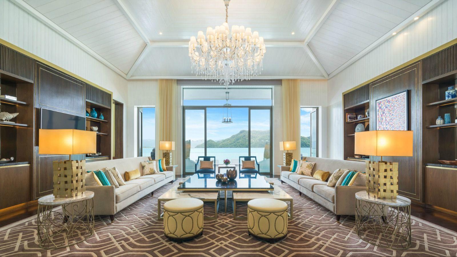 Sunset-Royal-Villa---Living-Room