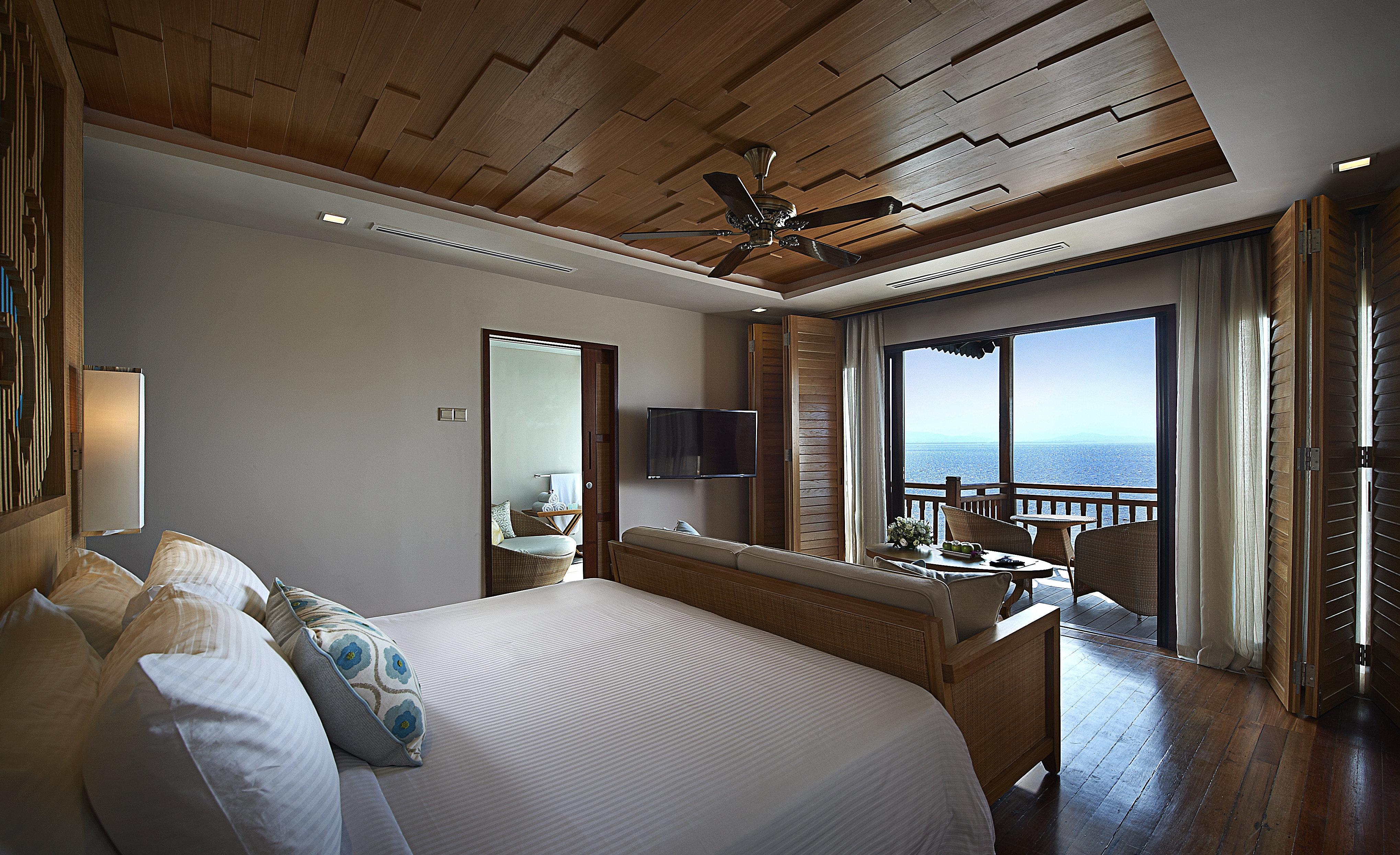 Berjaya-Langkawi-Resort-Premier Suite On Water - Room Interior Seaview