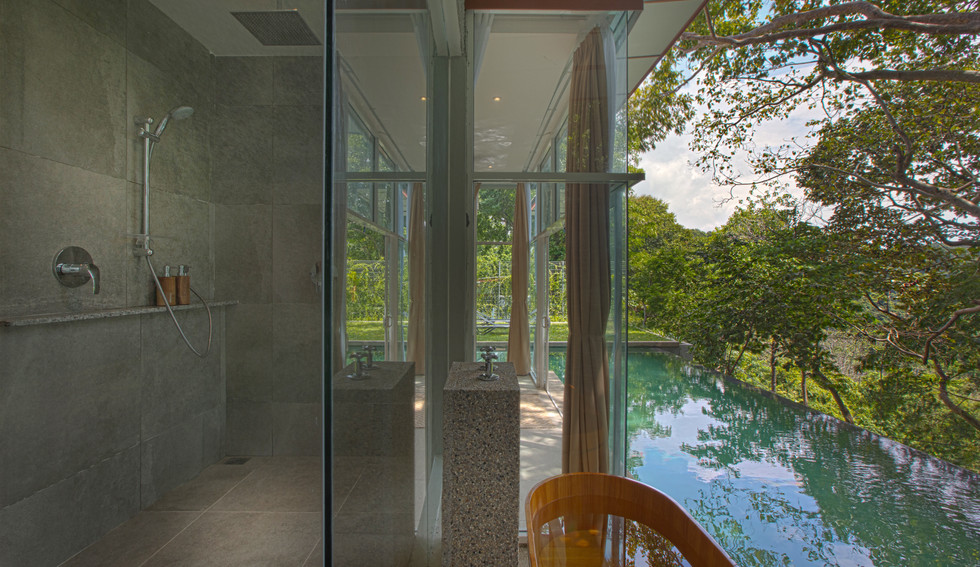 Kuang - Bathroom