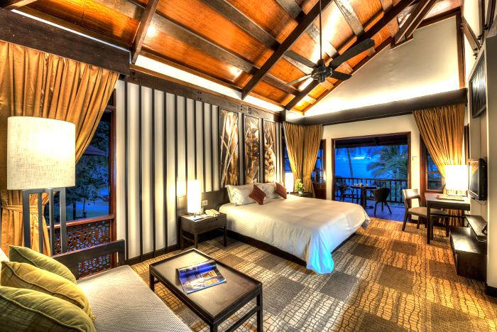 Guestroom-Meritus-Pelangi-Beach-Resort-Spa