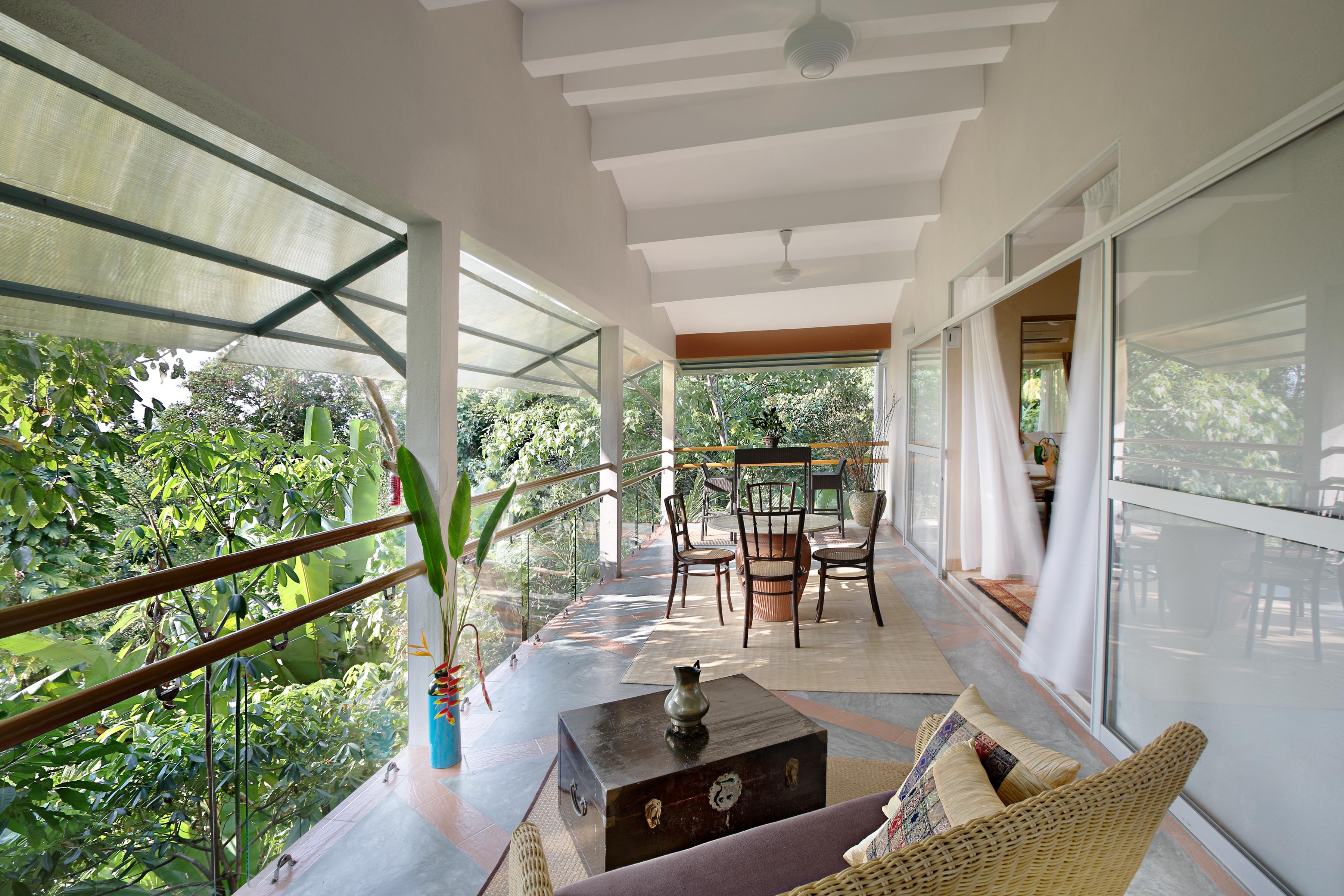 Ambong B4 Beras Basah - Balcony