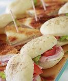 Mini sandwiches et clubs pour cocktail prestige traiteur Roubaix
