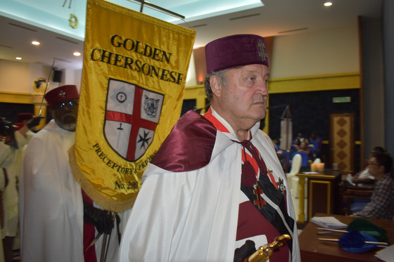 KNIGHTS TEMPLAR HOLD   CHRISTMAS  CHARITY EVENT