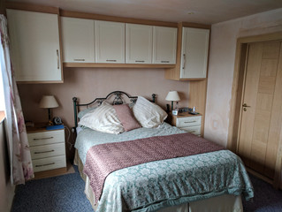 What is best for me and my wardrobe? Hinged Doors or Sliding Doors?
