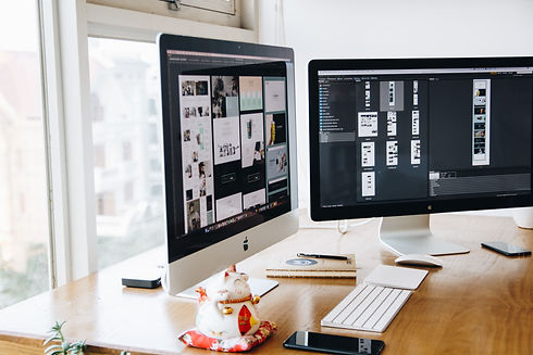 apple-computer-decor-design-326502.jpg