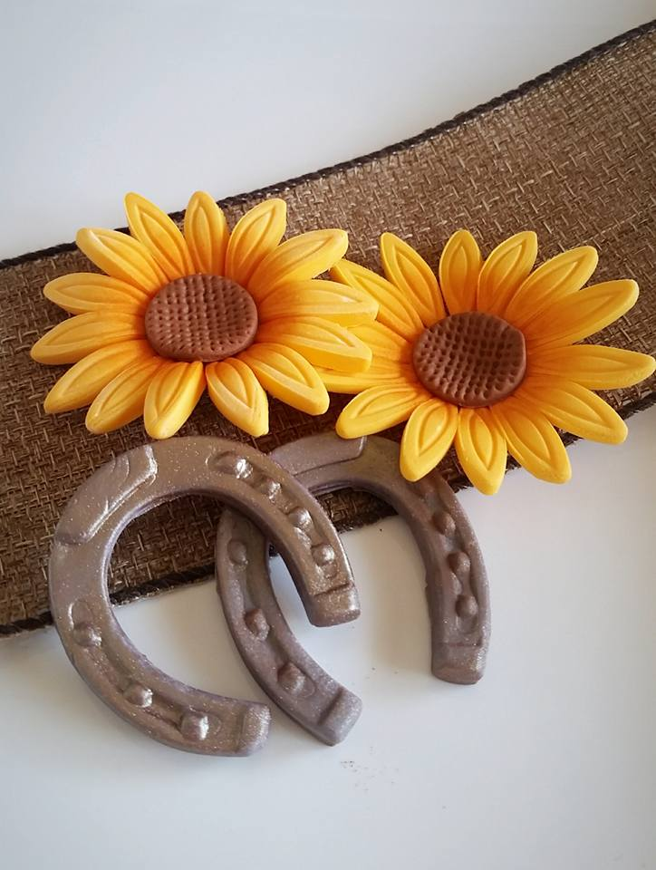 Sunflower and Horseshoe Toppers