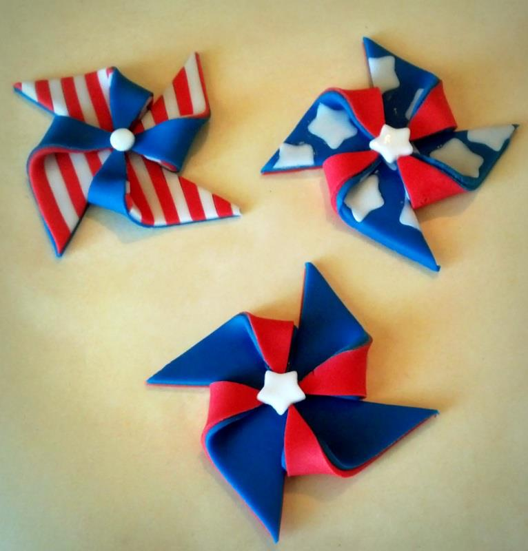 4th of July Pinwheel Toppers