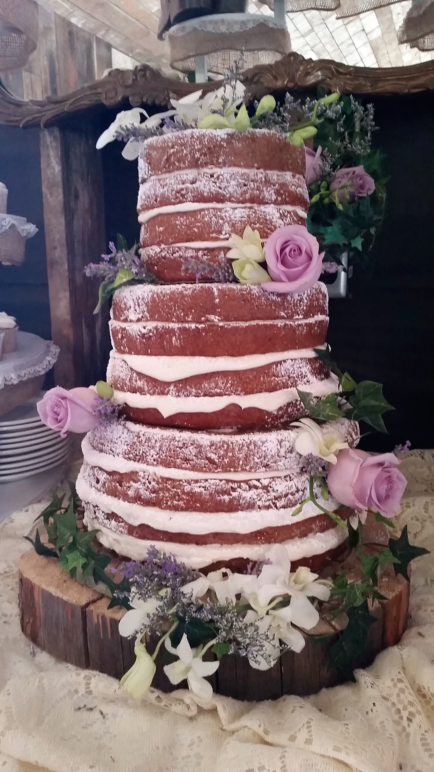 """""""Naked"""" Cake"""