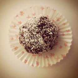 Hindistan cevizi Çikolata Topu