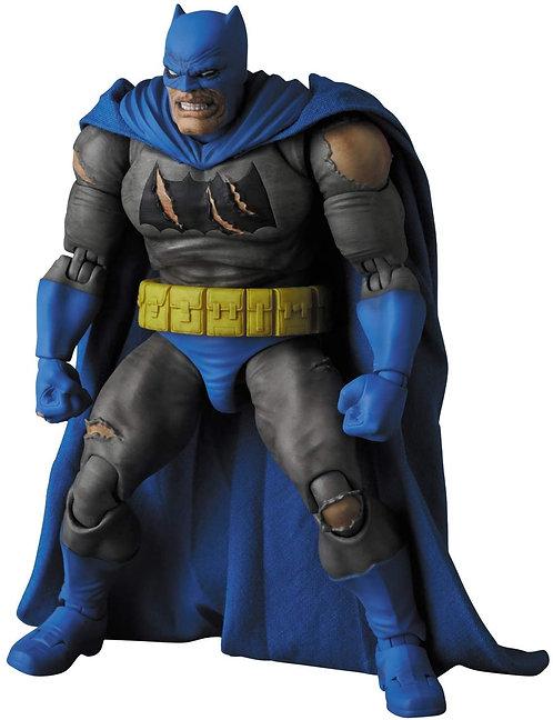MAFEX Batman (TDKR:The Dark Knight Triumphant) Japan version