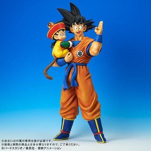 PLEX Gigantic Series Dragon Ball Z Son Goku & Son Gohan Japan version