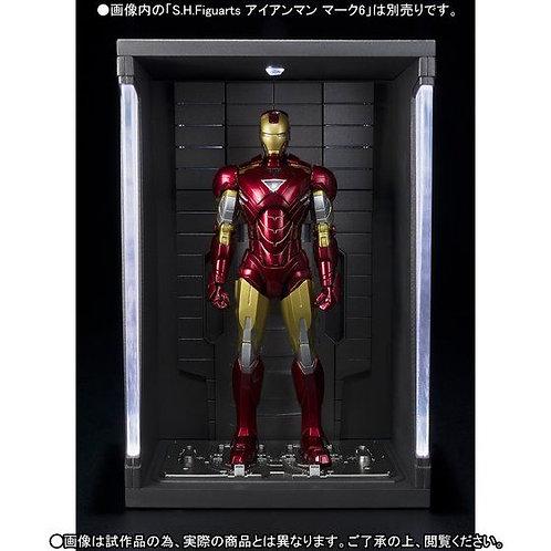 Bandai S.H.Figuarts Iron Man Hall of Armor Japan version