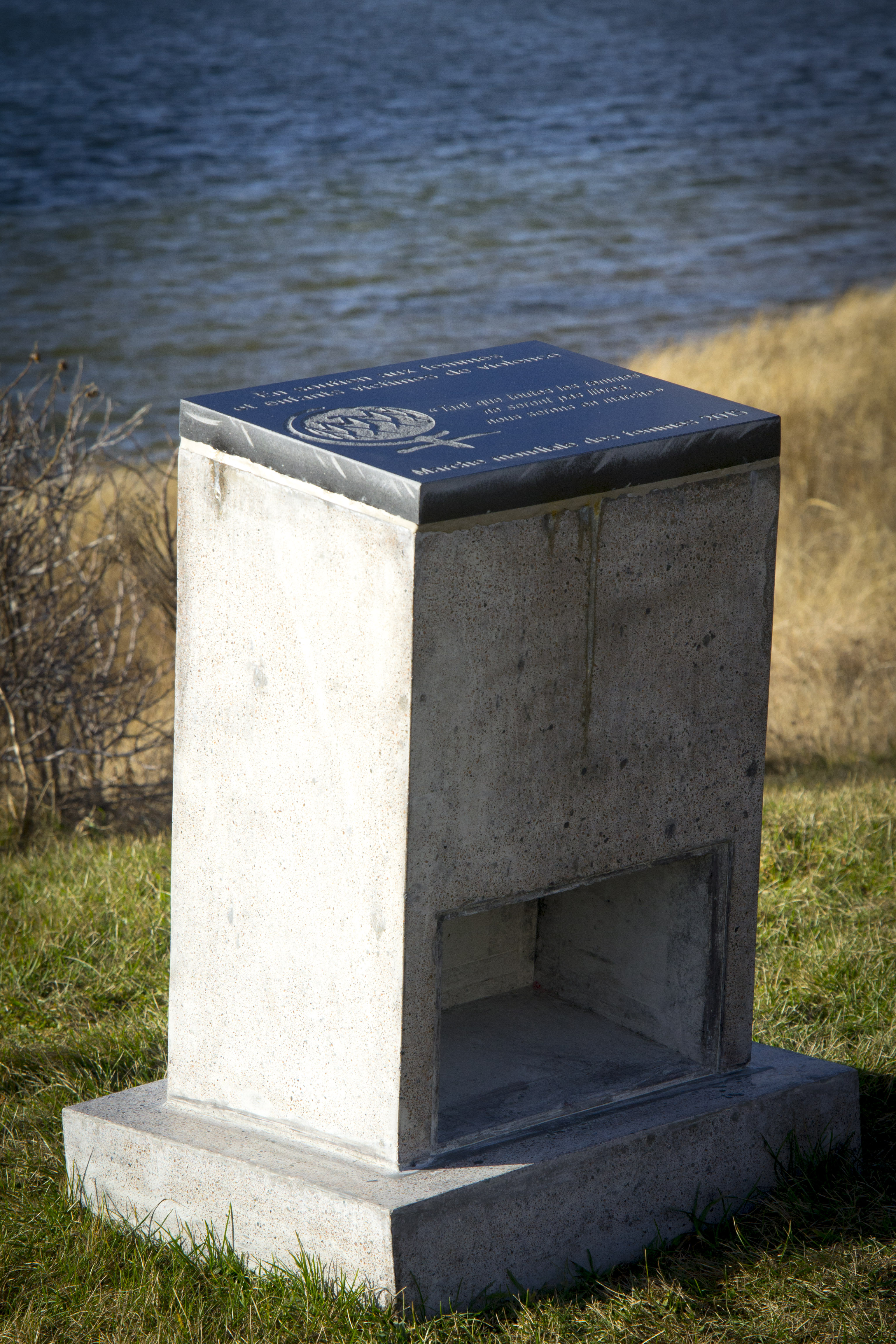 monument deraspe-0303