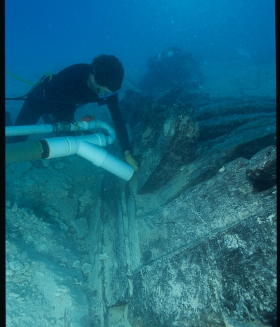 Uncovering the Henrietta Marie Hull, 2001